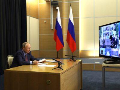 Владимир Путин встретился с победителями предварительного голосования «ЕР»
